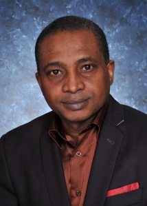 Oumar Tall, auteur Grandir au Mali, vivre au Canada.