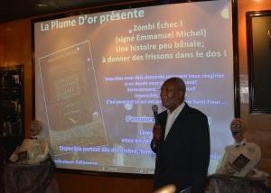 Emmanuel Michel a pris le temps de s'adresser aux nombreuses personnes venues le rencontrer.